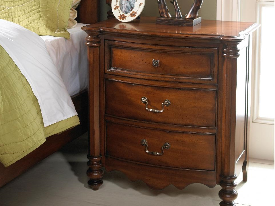 Summer Home 3 Drawer Nightstand