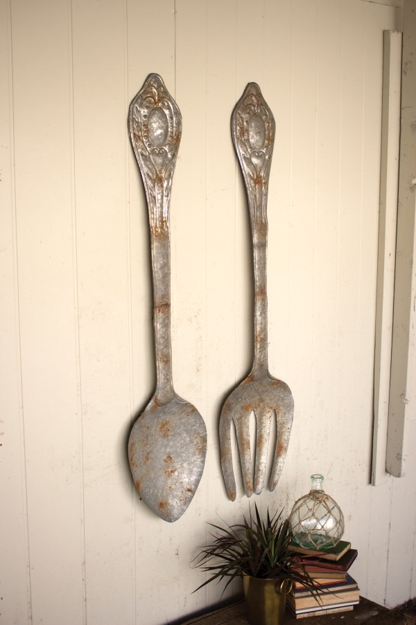 SET OF 2 LARGE METAL FORK AND SPOON WALL DECOR