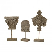 Auvergne Aged Corbel Stone Decorative Finials