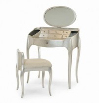 Pierre Vanity w/Mirror & Vanity Chair