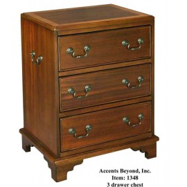 1348 3 Drawer Chest