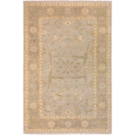 "Ainsley Collection 5'6"" x 8'6"" Rug"